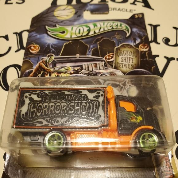 hot wheels Other - Hot Wheels Halloween Horror Show Toy Truck